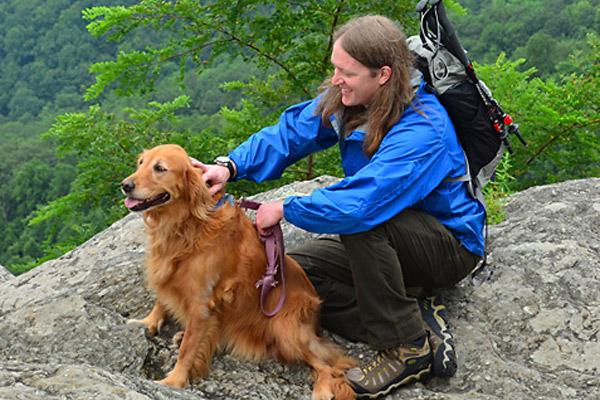 blowing rock hiking - photo by Todd Bush