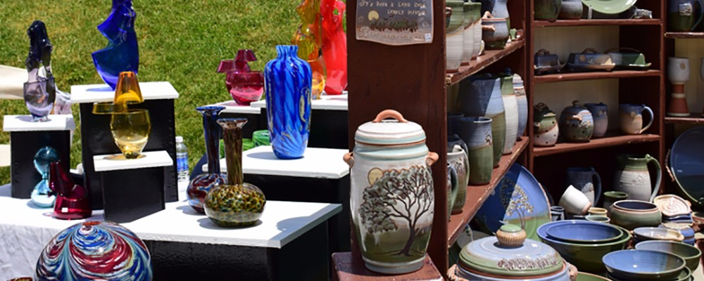 pottery at art in the park