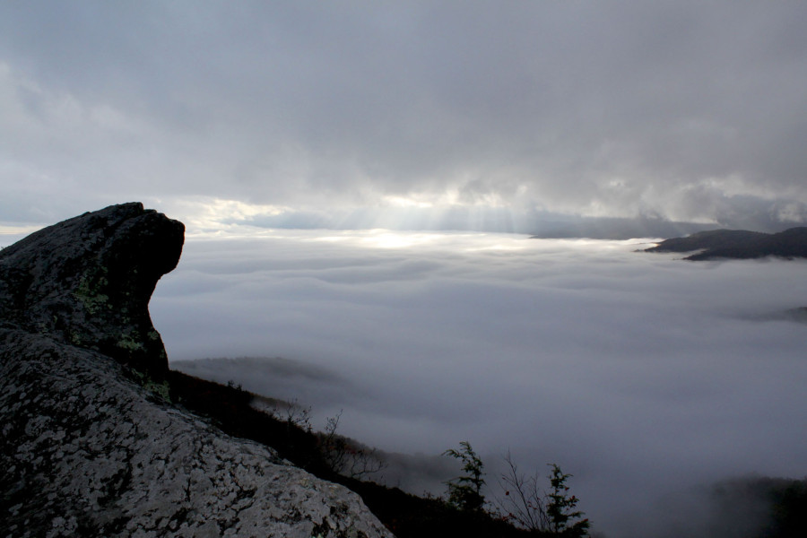 Sea of clouds at the Blowing Rock on a rainy day