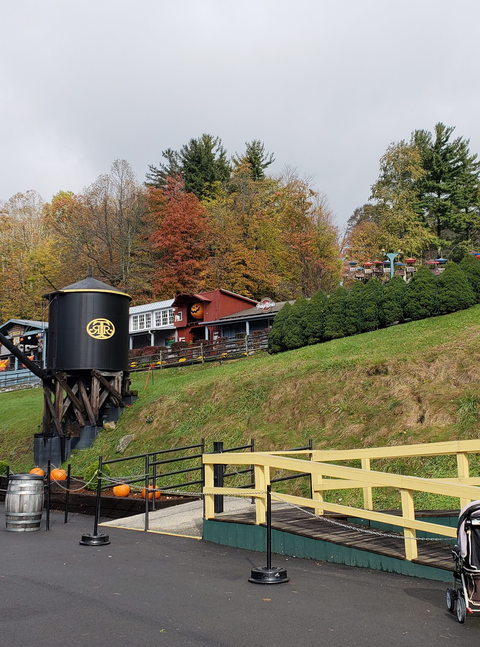 Tweetsie Railroad in fall