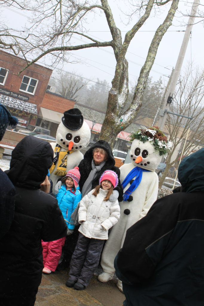 Snow people winterfest blowing rock