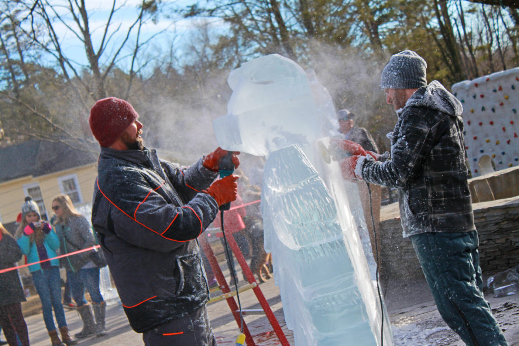 Ice carving in memorial park