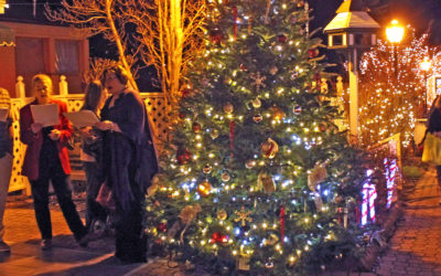 Holiday Stroll in Blowing Rock